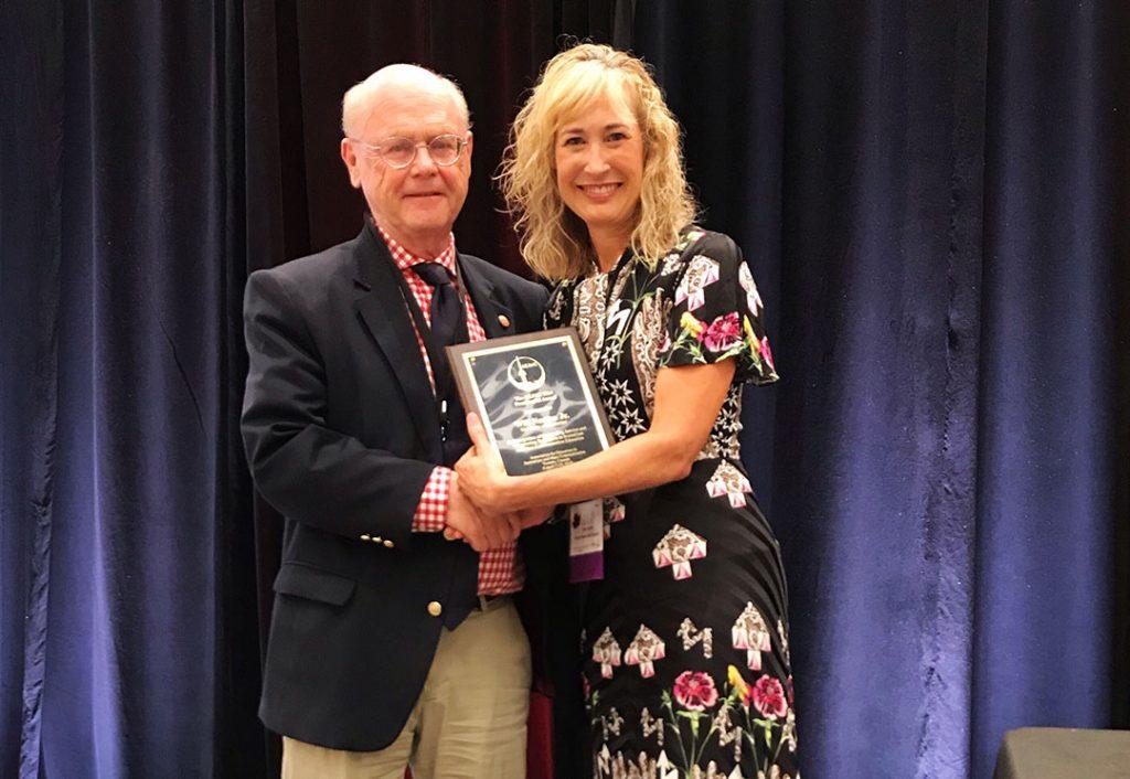 Norton receives AEJMC Presidential Award