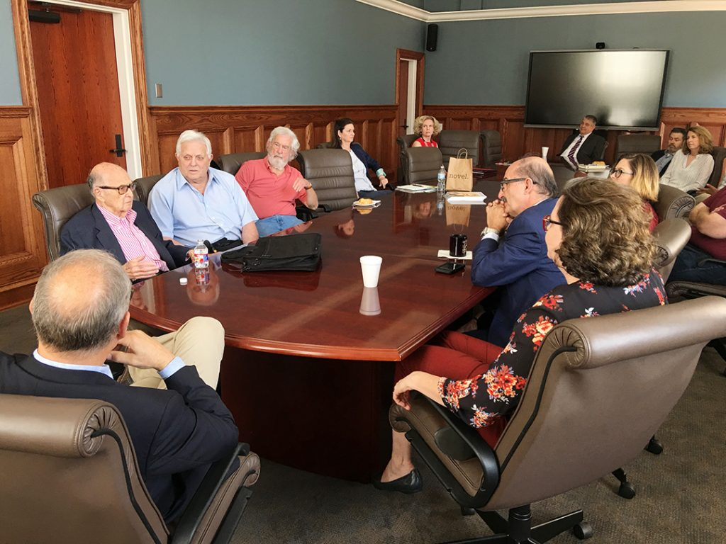 Harold Burson, former University of Mississippi Chancellor Robert Khayat, and journalists Curtis Wlkie and Peter J. Boyer were among those who attended the faculty meeting with Burson.